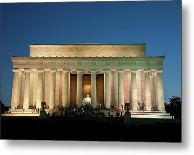 Metal Print featuring the photograph The Lincoln Memorial by Mark Dodd