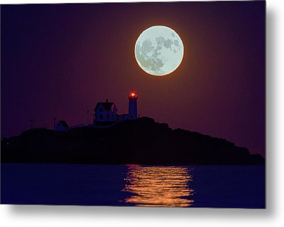 The Nubble And The Full Moon Metal Print by Rick Berk
