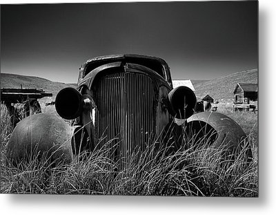 The Old Buick Metal Print
