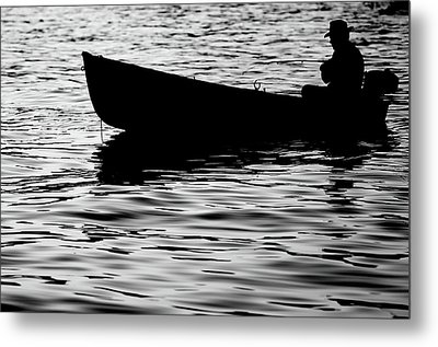 Metal Print featuring the photograph The Old Fishermen by Pedro Cardona