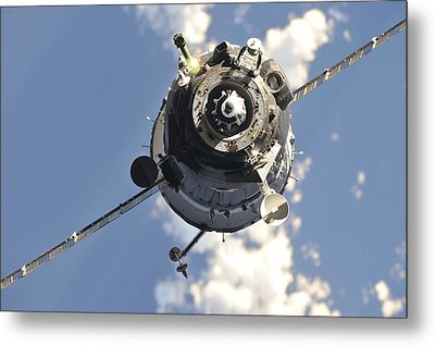 The Soyuz Tma-20 Spacecraft Metal Print by Stocktrek Images