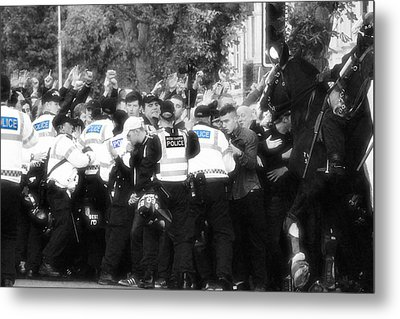 Thin Blue Line Metal Print by Tin Lid Photography