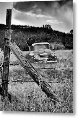 This Ol Truck Don't Give A... Metal Print by Kevin Munro