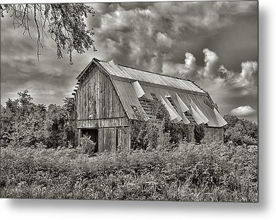 This Old Barn Metal Print by Don Spenner
