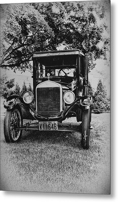 Tin Lizzy - Ford Model T Metal Print by Bill Cannon