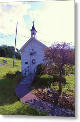 Tiny Church In The Valley Metal Print by Jeanette Oberholtzer
