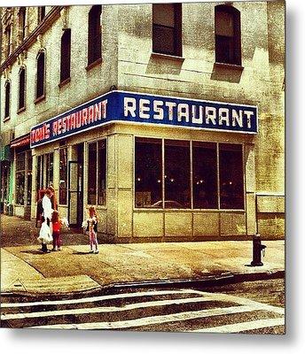 Tom's Restaurant. #seinfeld Metal Print by Luke Kingma