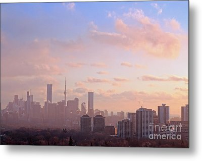 Metal Print featuring the photograph Toronto 2017 Warm Winter Fog by Charline Xia