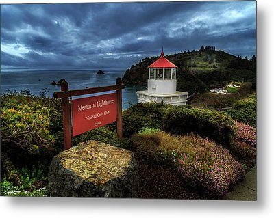 Metal Print featuring the photograph Trinidad Memorial Lighthouse by James Eddy