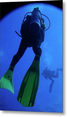 Two Scuba Divers Swimming Metal Print by Sami Sarkis