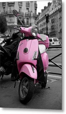 Vespa In Pink Metal Print