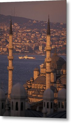 View Of The Golden Horn And Asia Metal Print by Richard Nowitz