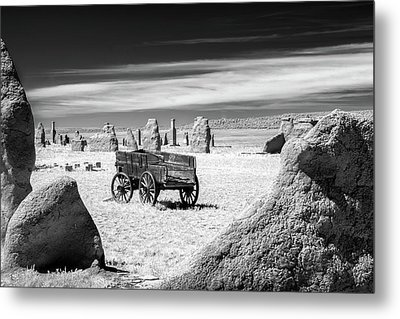 Wagon At Fort Union Metal Print by James Barber
