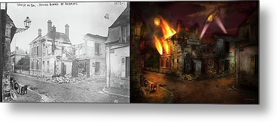 War - Wwi -  Not Fit For Man Or Beast 1910 - Side By Side Metal Print by Mike Savad