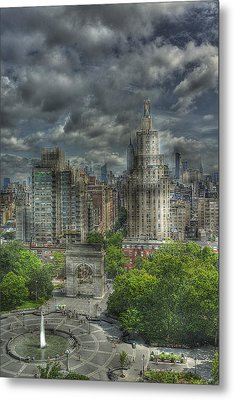 Washington Square Metal Print by William Fields