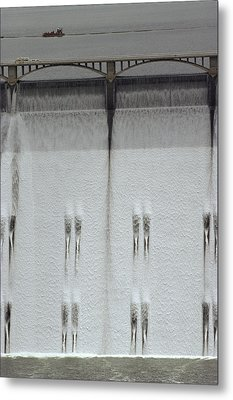 Water Rushing Down The Face Metal Print by Kenneth Garrett