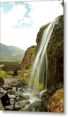 Waterfall At The Conor Pass Metal Print by Martina Fagan