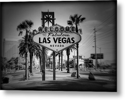 Welcome To Las Vegas Series Holga Black And White Metal Print