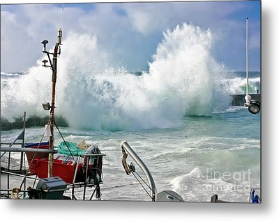 Wild Waves In Cornwall Metal Print by Terri Waters