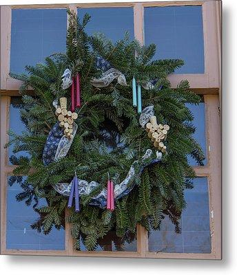 Williamsburg Wreath 74 Metal Print by Teresa Mucha