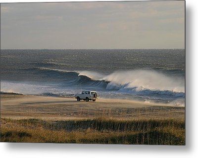 Wind, Waves And Fisherman In An Suv Metal Print by Skip Brown
