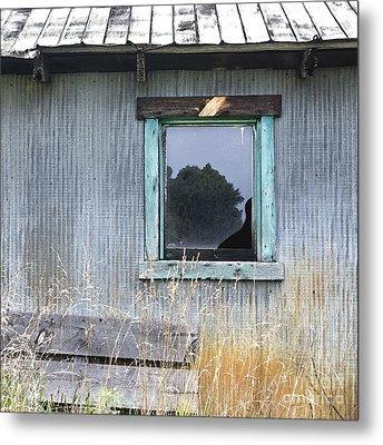 Window Framed In Aqua Metal Print by Glennis Siverson