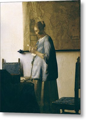 Woman Reading A Letter Metal Print by Jan Vermeer