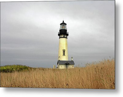 Yaquina Lighthouses - Yaquina Head Lighthouse Western Oregon Metal Print