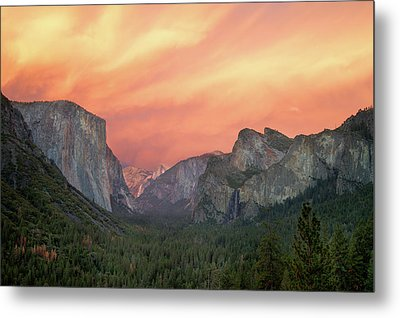Metal Print featuring the photograph Yosemite - Red Valley by Francesco Emanuele Carucci