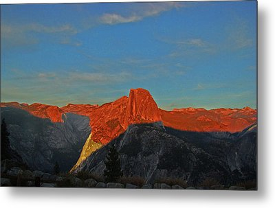 Metal Print featuring the photograph Yosemite Summer Sunset Abstracted 1 by Walter Fahmy