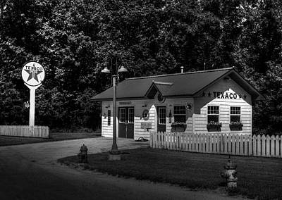 Old Texaco Gas Station Photograph - When Everything Was Cheaper by Thomas Young