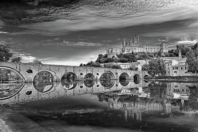 Beziers Cathedral Art Print