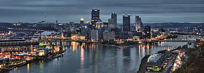 Pittsburgh Skyline 2 Art Print by Wade Aiken