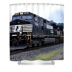 Norfolk Southern 9184 Through Stockbridge Georgia Shower Curtain