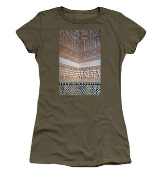 Colorful Carved Corner Women's T-Shirt