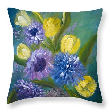 Bonnie Bouquet Throw Pillow