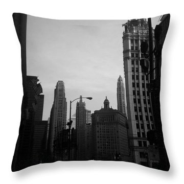 Chicago 4 Throw Pillow