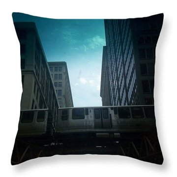 Chicago 5 Throw Pillow