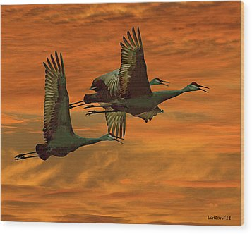 Cranes At Sunrise Wood Print by Larry Linton