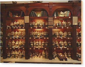 A Display Of Tea In A Tea Shop Wood Print by Richard Nowitz