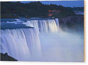 American Falls Niagara Falls Wood Print by Loriannah Hespe