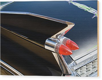 Caddy Fin Wood Print by Terry Thomas