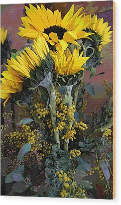 Cuddling Sunflowers Wood Print