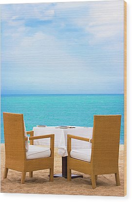 Dinner On The Beach Wood Print by MotHaiBaPhoto Prints