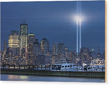 Ground Zero Tribute Lights And The Freedom Tower Wood Print by Chris Lord