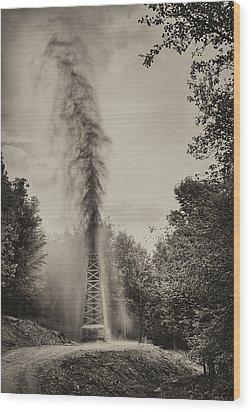 Gusher Wood Print