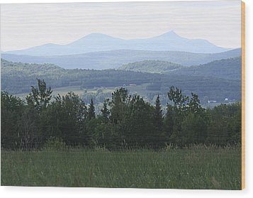 Jay Peak From Irasburg Wood Print by Donna Walsh