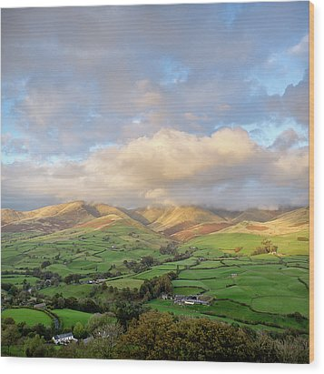 Lune Valley And Howgill Fells Wood Print by David Barrett