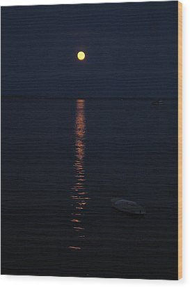 Moon At Province Town Wood Print by Oscar Rodriguez