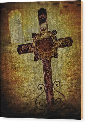 Old Cross Wood Print by Perry Webster